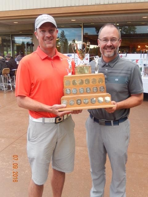 Bruce Fleming wins the Overall Low Net Trophy